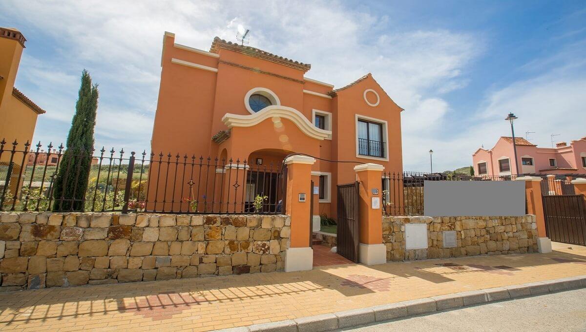 Villa Golf Costa  Luxurious Semi-detached villas for sale in Estepona Frontline golf residential de,Spain