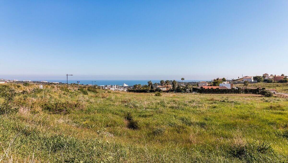 Plots for sale in Estepona West |  Valle Romano Golf Resort These stunning plots for sale in Estepon, Spain