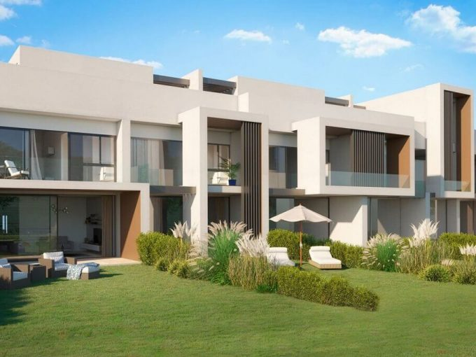 Hoyo 17 San Roque - Off plan new golf townhouses for sale, Southern Spain
